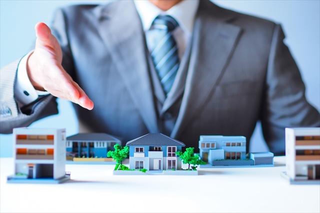 大阪市のマンション売却は査定から物件の引渡しまでしっかりフォローする【アーバンベース】へ